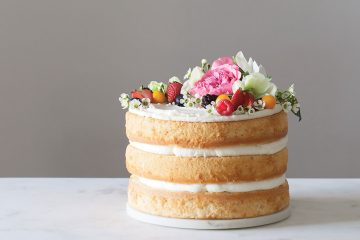 How to bake a Pinterest-perfect naked cake ?